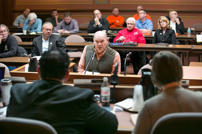 Dan Zignego testifies against project labor agreements at the state Capitol.
